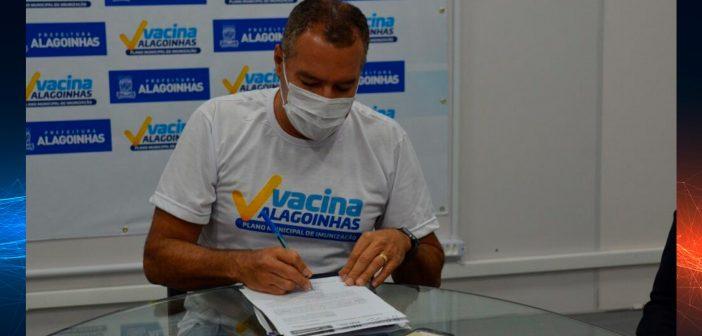 Alagoinhas: Prefeitura manifesta interesse de adesão ao consórcio público para compra de vacinas contra a Covid-19